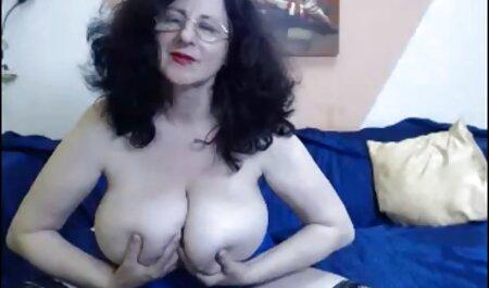 Heiße suche porno videos Schwarz-Weiß-Lesben ficken sich gegenseitig mit Dildos durch ihr Höschen