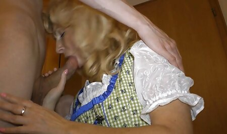 Zwei sexy Brünette im heißen Backstage-Clip pornovideos swinger