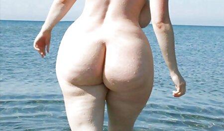 Tippen Sie auf diesen Arsch, während sie aufräumt lange pornovideos