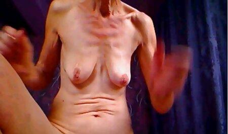 Blondes Babe macht Blowjob im Wald kostenlose pornovideos in hd