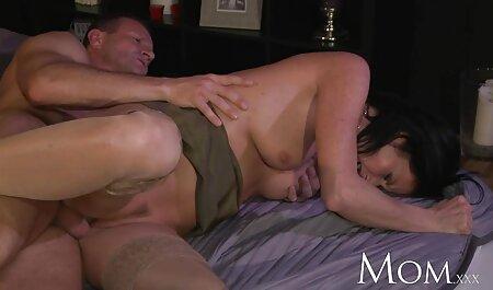 Monica Mayhem Handjobs und Schutzbrillen pornovideos reife frauen