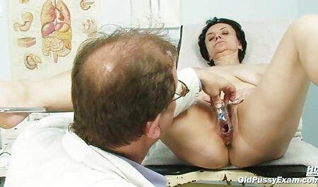 Heiße Geschäftsfrau auf einem kostenlos pornovideos ansehen schwarzen Schwanz