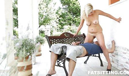 Ein pornovideos reife frauen Vergnügen am Nachmittag!