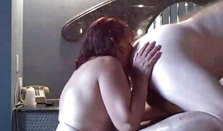 Cunnilingus in porno videos kostenlos Strümpfen ein Strumpfband und ein Korsett