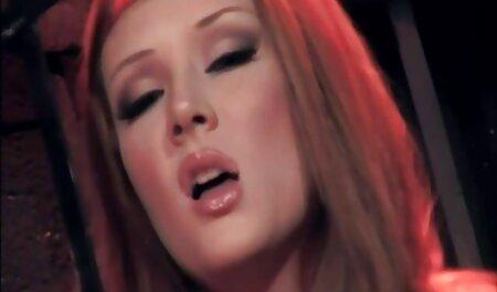Blondie porno videos zum runterladen spielt mit ihrem Spielzeug
